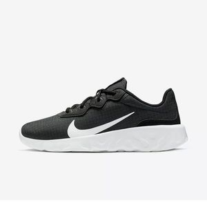 Nike explore Strada women's shoes sz 9 2019 nwot